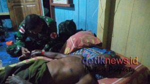 Satgas Yonif PR 328/Dgh menggelar pengobatan keliling atau door to door di Kampung Pitewi, Keerom, Papua.